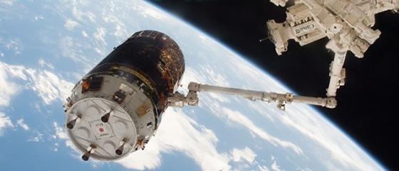 日本無人貨運太空船鸛七號昨晚抵達國際太空站