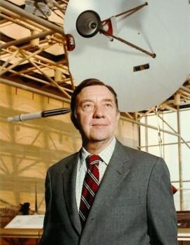 美國物理學家范·艾倫誕辰